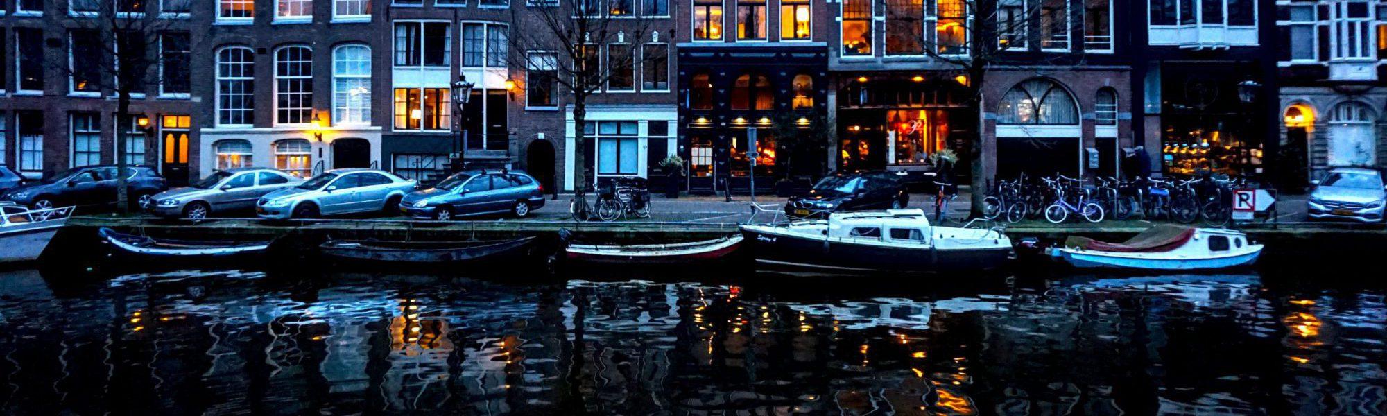 """Amsterdam und die ständige Frage """"Wohin mit dem Geld?"""""""